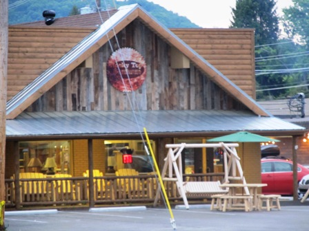 These Pigeon Forge Shopping Log Finds are filled with home-made log furniture!