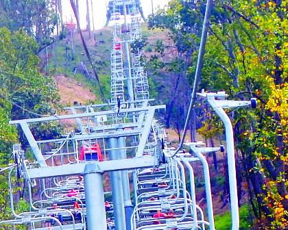 Ride high atop the Gatlinburg Mountains in the Anakeesta Chair Lift.
