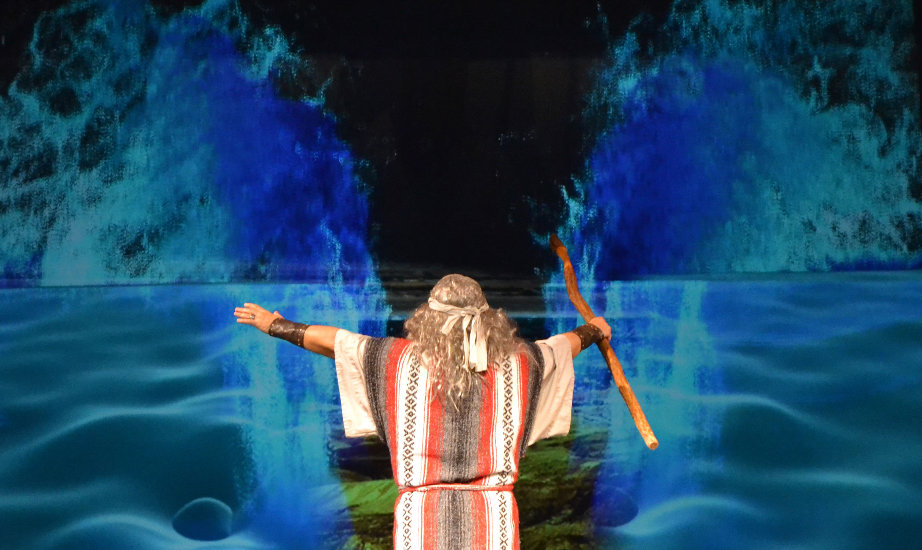 Biblical Times Theater - In this Christian drama the parting of the Red Sea comes alive!