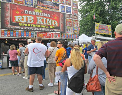 This Bloomin BBQ Barbecue stand is a perfect example of how famous the BBQ is here!