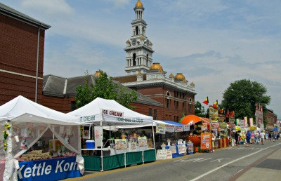 There are lots of Bloomin BBQ tents filled with arts, crafts and more.