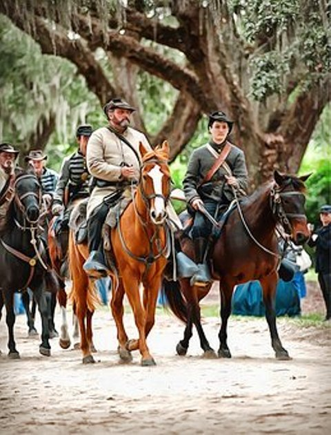 The Buttonwillow Civil War Show in Pigeon Forge, TN is a historical experience the whole family will enjoy!