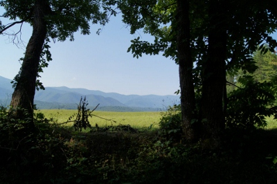 camping-in-smoky-mountains offers lovely mountain views