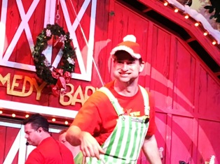 This Comedy Barn Christmas Comedian makes some hilarious moves!