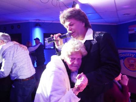 During the Conway Twitty Tribute Travis James Dances with my mom and gets up close and personal with his audience.