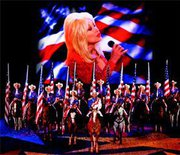 see video of dolly-parton at dixie stampede