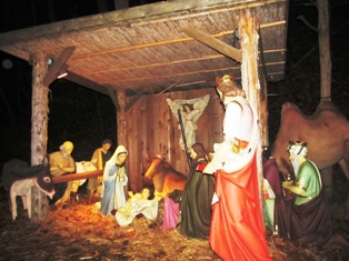 You're sure to be blessed as you look upon this Dollywood Smoky Mountain Nativity