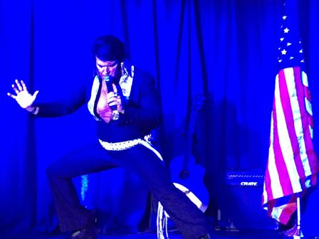 Elvis Impersonator Doug Thompson has got those Elvis Presley moves!