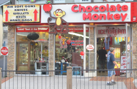 While Gatlinburg shopping candy stores are the perfect place to satisfy the
