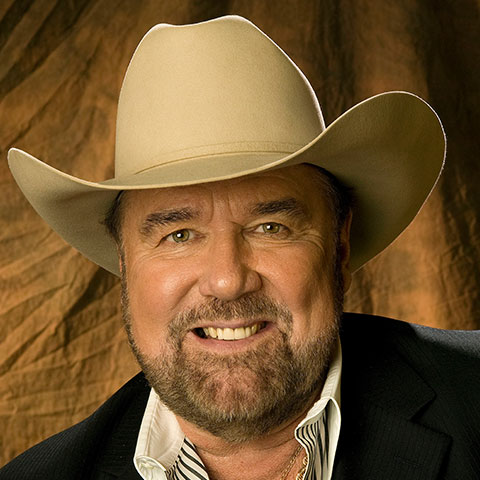 Johnny Lee concert schedule includes the Country Tonight Theater in Pigeon Forge.
