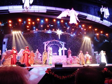 The Smoky Mountain Opry Christmas Nativity is truly amazing!