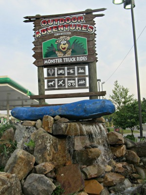 smoky mountain fun in sevierville-tennessee with outdoor adventures