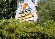 As you plan your Smoky Mountain Vacation Parrot Mountain and Gardens is an excellent place to visit.