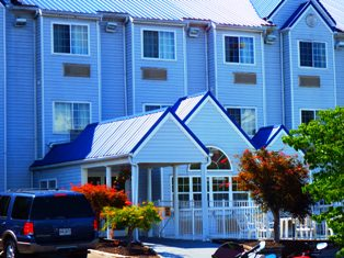 Need a beautiful hotel in the Smokies?  Pigeon Forge Guest House is a great place to stay!