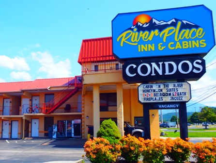 Pigeon Forge Hotels River Place Inns rents hotel rooms and condos in Pigeon Forge, TN.