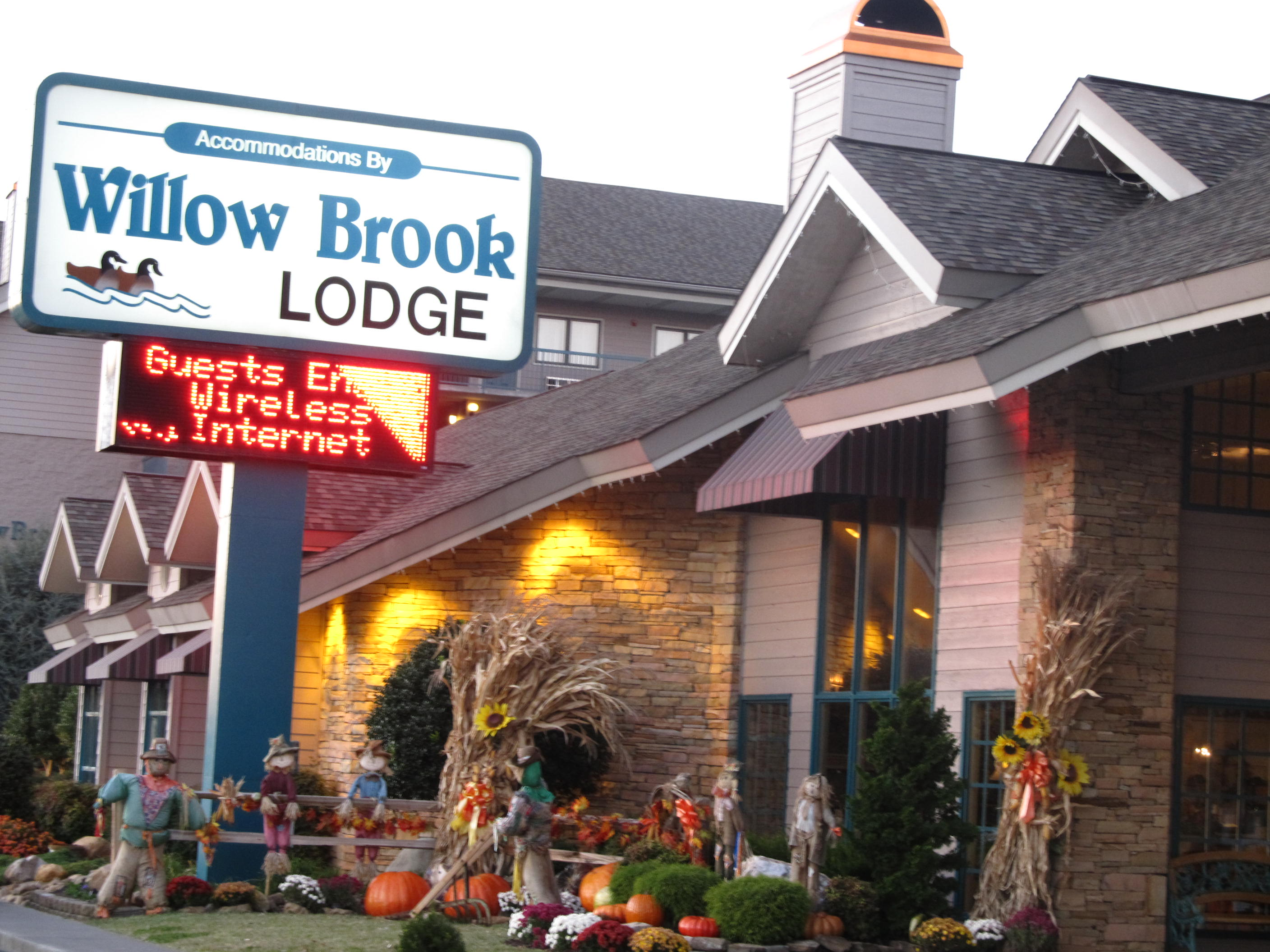 Willow Brook Lodge is the perfect for Christian Events,convention stays, and vacations.