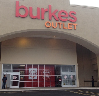 While Pigeon Forge Shopping Burkes is the place to go for clothing, home decor, and more!