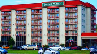 On the main parkway, this is one of the Pigeon Forge Hotels James Manor that is surrounded by all sorts of fun things to do in the Smokies!