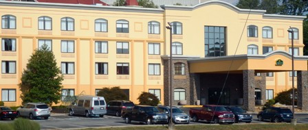 Sevierville Hotels La Quinta Inns & Suites are located in the Sevierville/Kodak area.