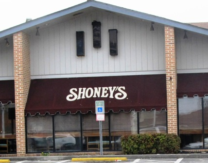 Sevierville Restaurants like Shoneys Family restaurant always has a hot meal ready and waiting for every member of the family!
