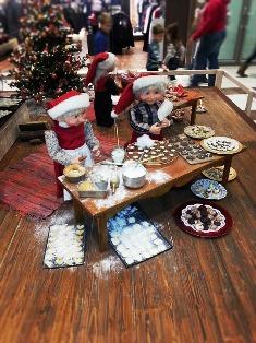 Christmas Elves are always on hand at the Shadrack Christmas Wonderland Santa Workshop.