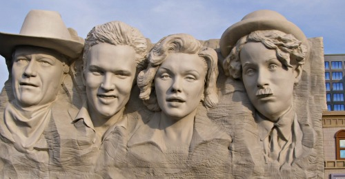 Can you name all the stars whose likeness are placed on the outside of the Hollywood Wax Museum?