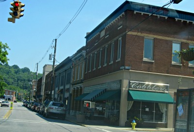 sevierville-tennessee downtown