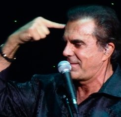 Famous People Like Carman brings praise and worship to the Smoky Mountains.