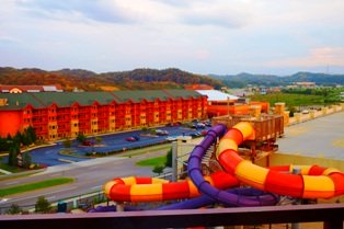 Enjoy the luxury of Sevierville Hotels