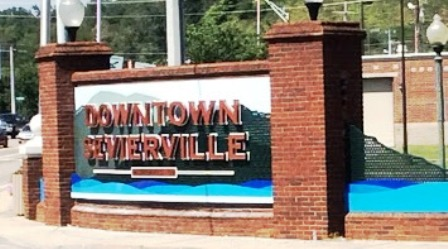 Follow this sign to historic Downtown Sevierville Tennessee